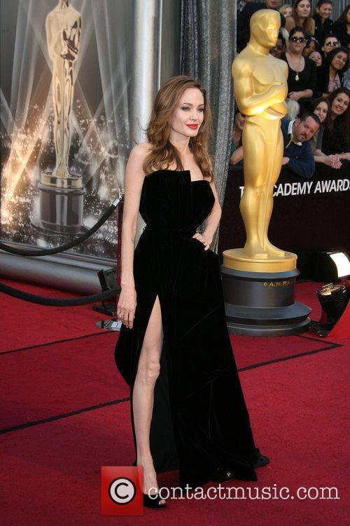 Angelina Jolie, Academy Of Motion Pictures And Sciences and Academy Awards 2