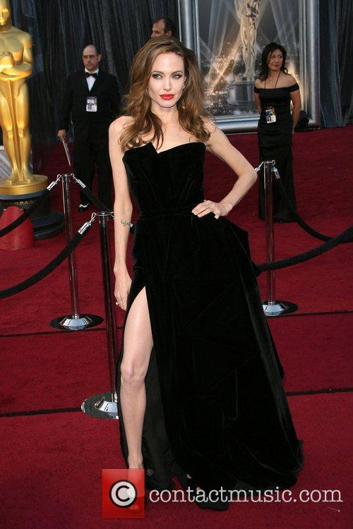 Angelina Jolie, Academy Of Motion Pictures And Sciences and Academy Awards 1