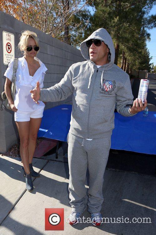 Pamela Anderson and Jesus Villa 11