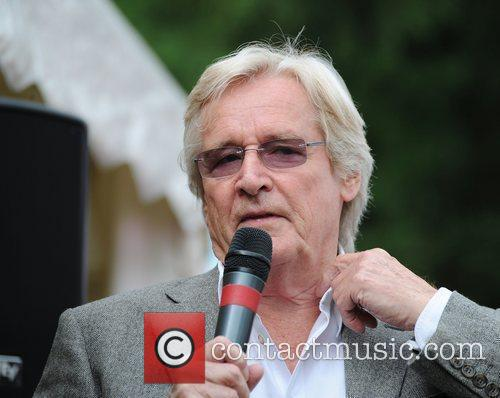 William Roache  Farmfoods British Par Three Golf...
