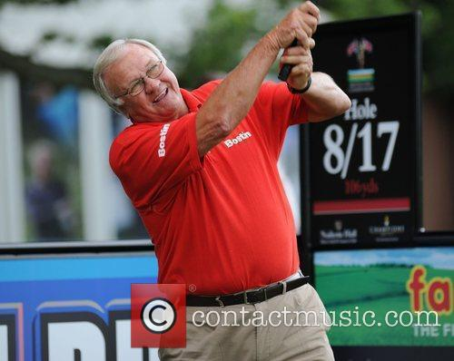 Ron Atkinson Farmfoods British Par Three Golf competition...
