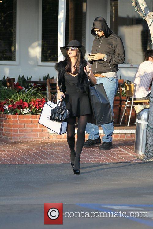 Paris Hilton, DJ Afrojack Paris Hilton shopping at