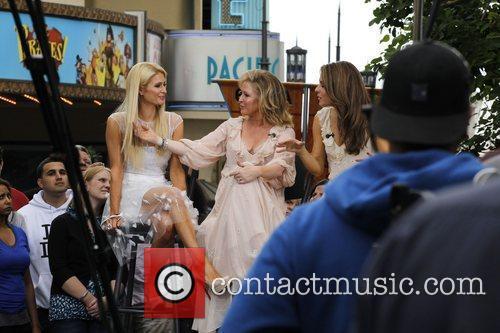 Paris Hilton and Kathy Hilton 10