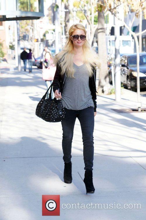 Paris Hilton heads to a nail salon in...