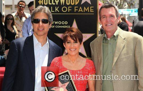 Ray Romano and Patricia Heaton 8