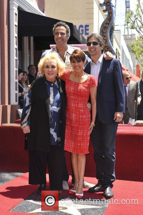 Brad Garrett, Doris Roberts, Patricia Heaton and Ray Romano 2