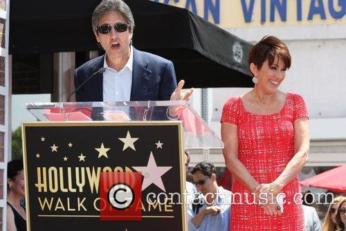 Patricia Heaton and Ray Romano 1