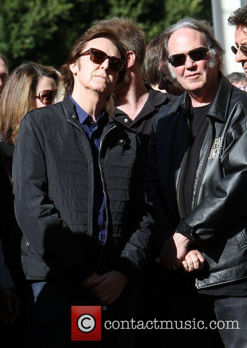 Sir Paul McCartney, Neil Young and Star On The Hollywood Walk Of Fame 7