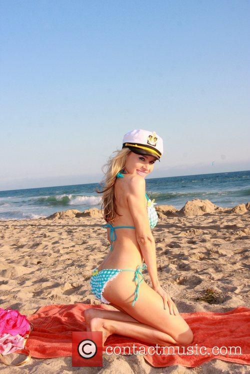 Paula Labaredas shows off her bikini body for...