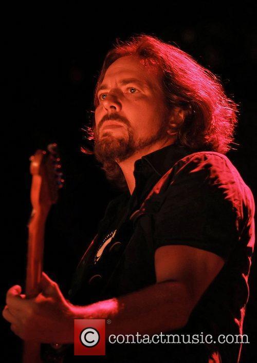 Eddie Vedder 17