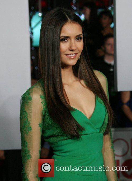 Nina Dobrev and People's Choice Awards 2