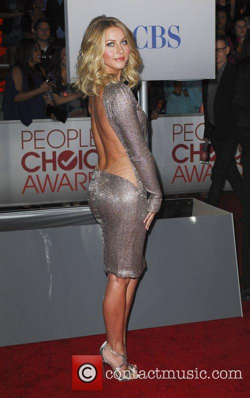 Julianne Hough and People's Choice Awards 10