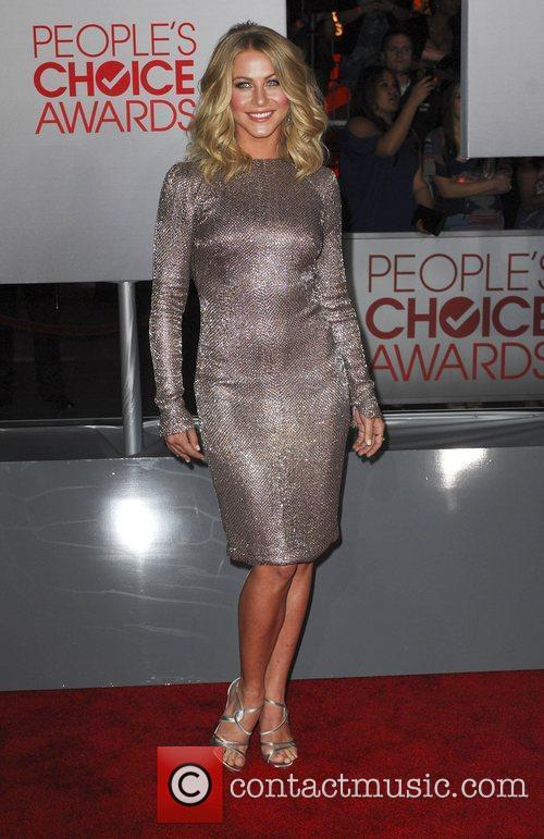Julianne Hough and People's Choice Awards 14