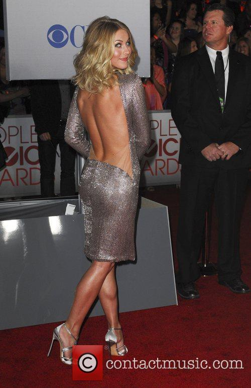 Julianne Hough and People's Choice Awards 15