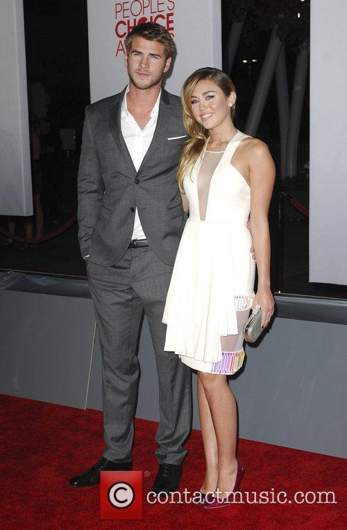 Liam Hemsworth, Miley Cyrus and People's Choice Awards 1