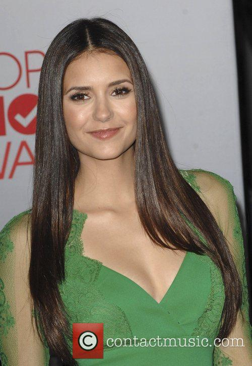 Nina Dobrev and People's Choice Awards 8