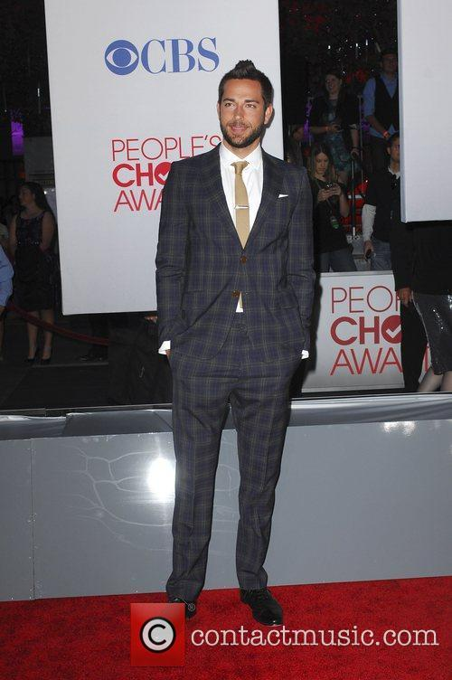 Zachary Levi and People's Choice Awards 1
