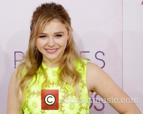 Chloe Grace Moretz and Annual People's Choice Awards 6