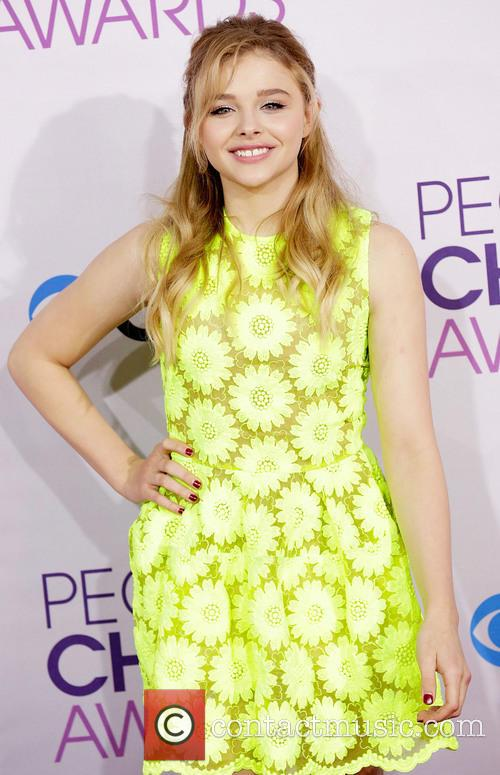 Chloe Grace Moretz and Annual People's Choice Awards 3