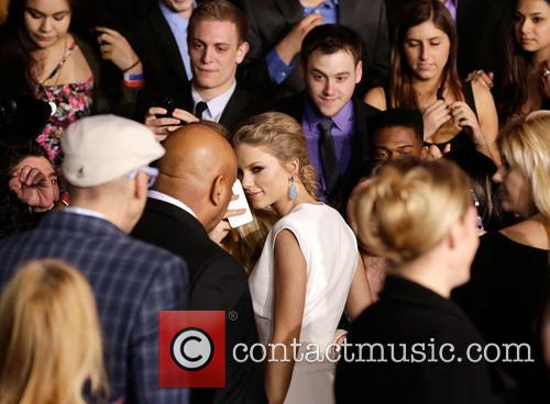 Taylor Swift and Annual People's Choice Awards 1