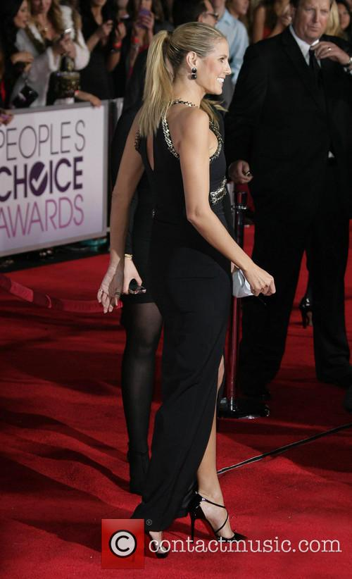heidi klum 39th annual peoples choice awards 20049054