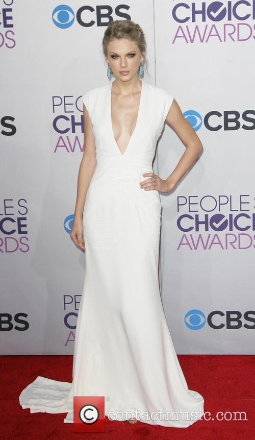 Taylor Swift and Annual People's Choice Awards 20