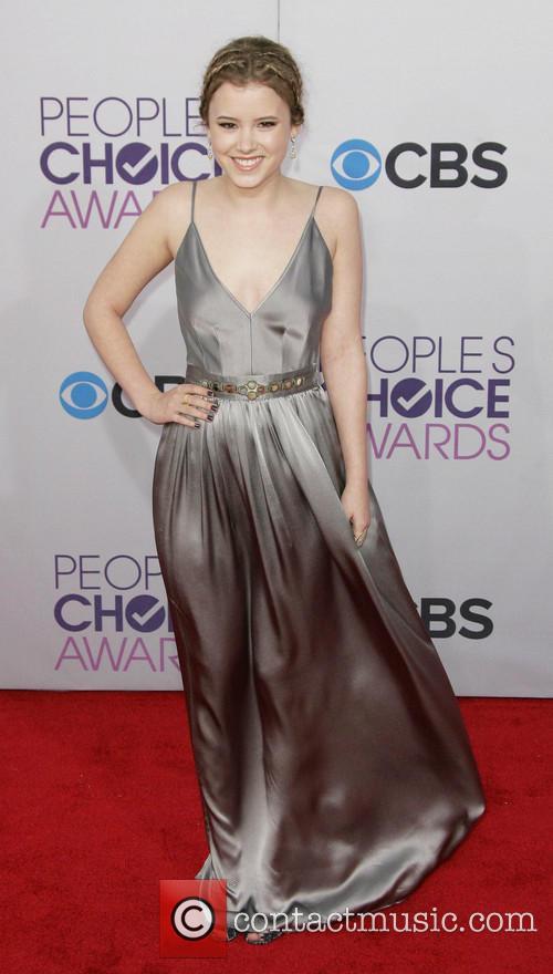Taylor Spreitler and Annual People's Choice Awards 5
