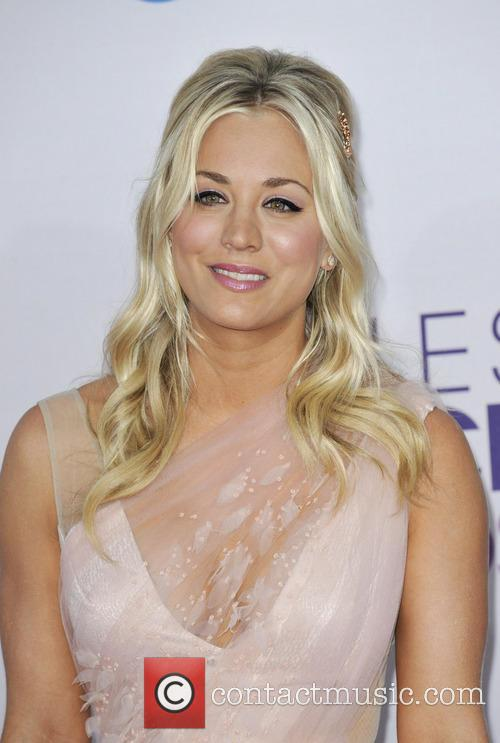Kaley Cuoco and People's Choice Awards 3