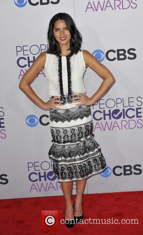 olivia munn 39th annual peoples choice awards 20049324