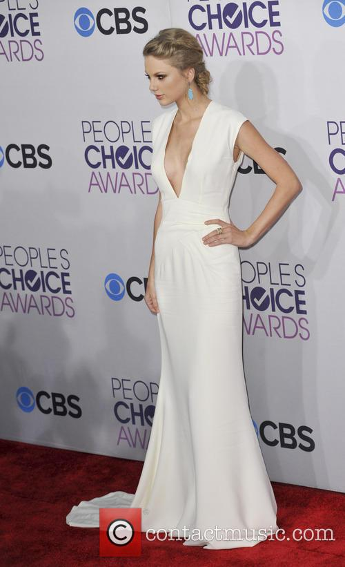 taylor swift 39th annual peoples choice awards 20049352
