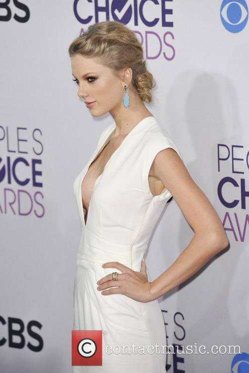 taylor swift 39th annual peoples choice awards 20049353