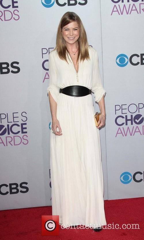 Ellen Pompeo and Annual People's Choice Awards 11