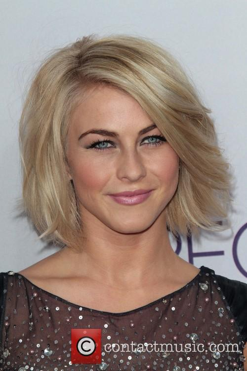 julianne hough 39th annual peoples choice awards 20049427