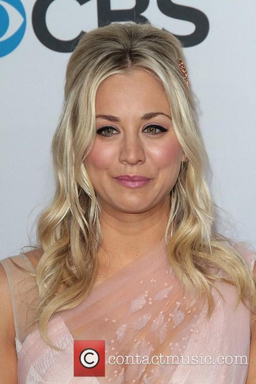 Kaley Cuoco and Annual People's Choice Awards 7