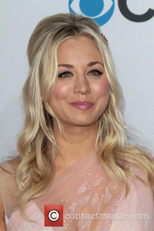 Kaley Cuoco and Annual People's Choice Awards 6