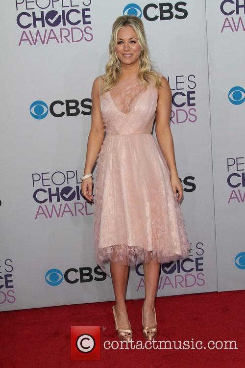 Kaley Cuoco and Annual People's Choice Awards 9