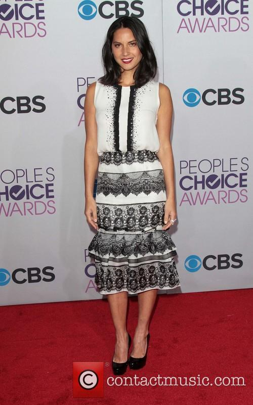 Olivia Munn and Annual People's Choice Awards 14