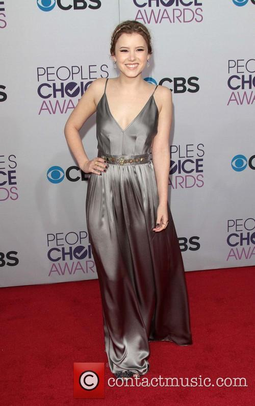 Taylor Spreitler and Annual People's Choice Awards 9