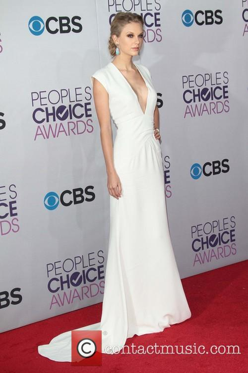 taylor swift 39th annual peoples choice awards 20049527