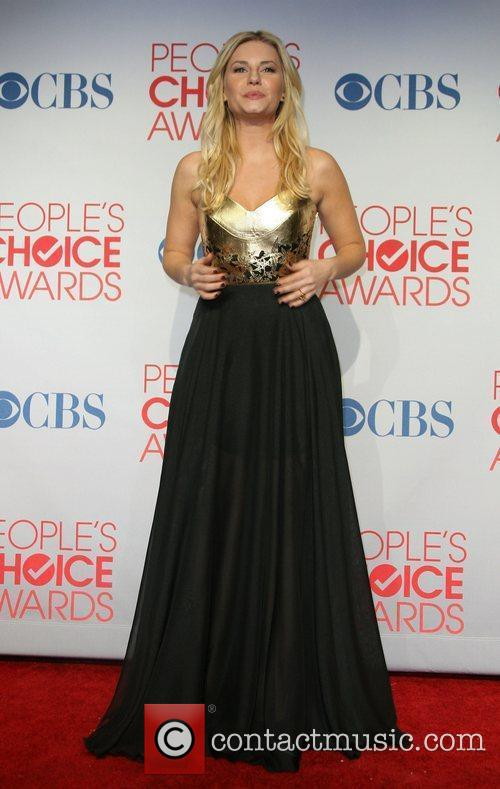 Elisha Cuthbert and People's Choice Awards 3