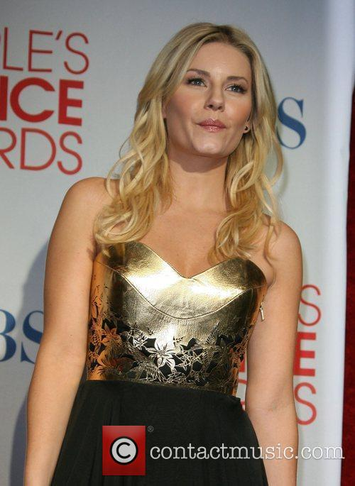 Elisha Cuthbert and People's Choice Awards 4