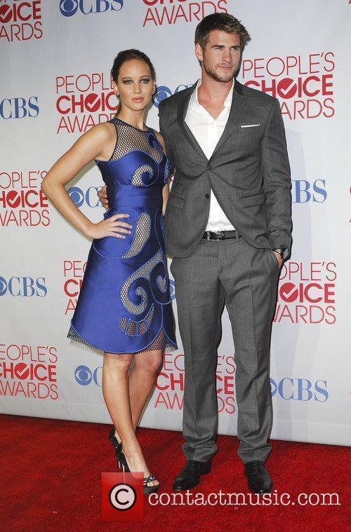 Jennifer Lawrence, Liam Hemsworth and People's Choice Awards 2