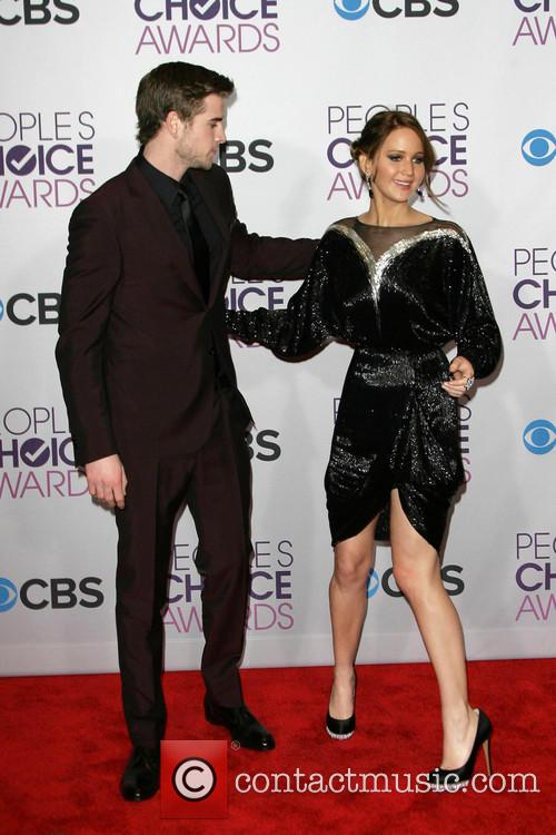 Liam Hemsworth, Jennifer Lawrence and People's Choice Awards 7