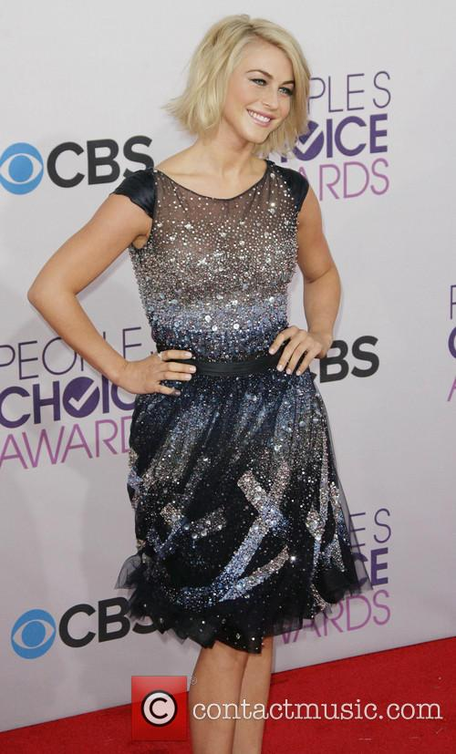 Julianne Hough and Annual People's Choice Awards 2