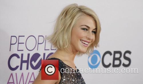 julianne hough 39th annual peoples choice awards 20050264