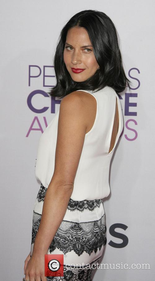 Olivia Munn and Annual People's Choice Awards 5