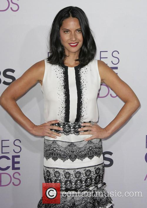 Olivia Munn and Annual People's Choice Awards 1