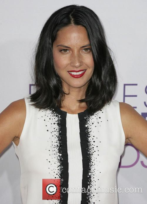 Olivia Munn and Annual People's Choice Awards 8