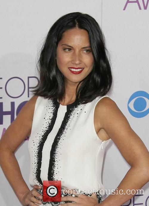 Olivia Munn and Annual People's Choice Awards 9