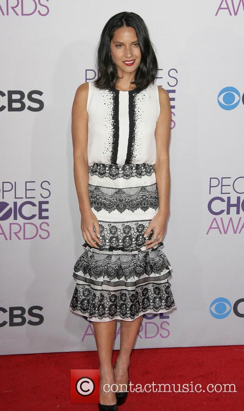 Olivia Munn and Annual People's Choice Awards 12